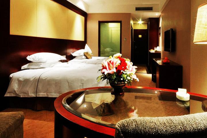 智慧酒店系统是由客控系统和pms系统组成